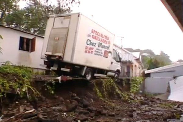 camion mur effondré Haliba