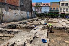 Le chantier est analysé par les archéologues.