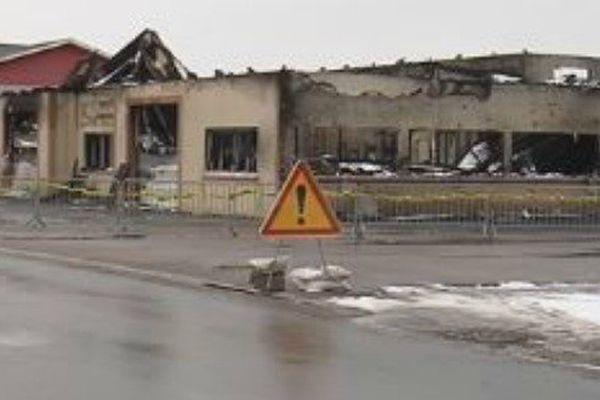 Les ateliers municipaux de Miquelon-Langlade ravagés par un incendie