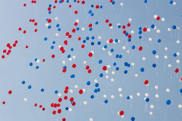 Ballons bleu blanc rouge
