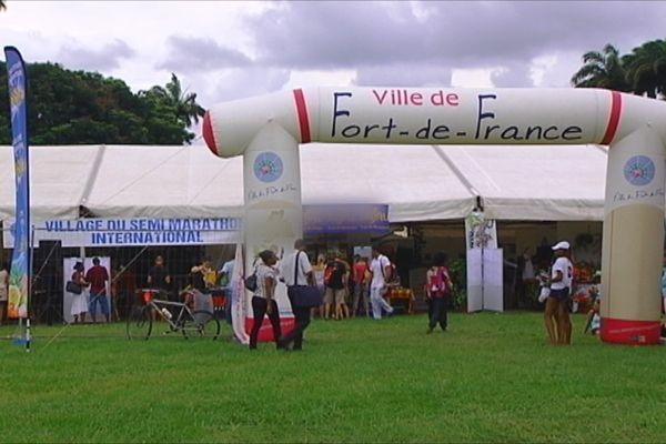 Village commercial