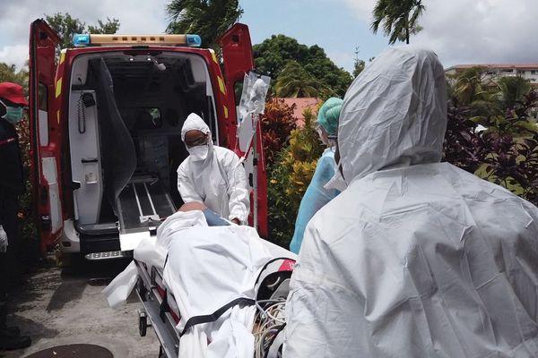 Les sapeurs-pompiers de Martinique au front pour sauver des vies