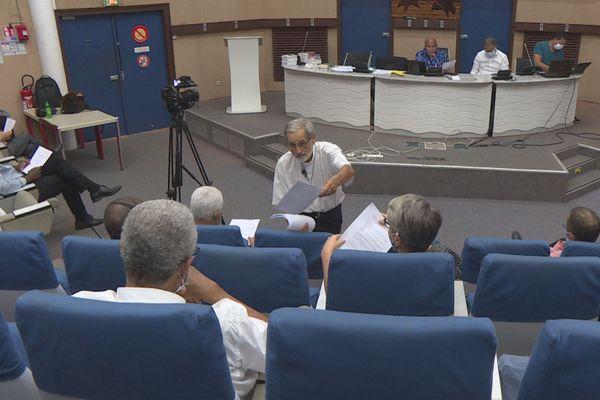 Monseigneur Emmanuel Lafont transmet les propositions aux élus