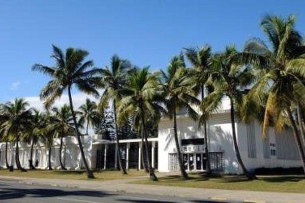 Musée de la Nouvelle-Calédonie. Extérieur