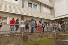 A l'ancien CHT, le centre de vaccination de la Sécurité civile teste le sans-rendez-vous.