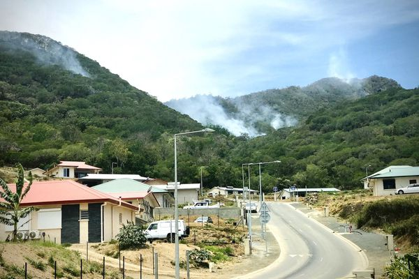 Le feu à Païta, lundi 3 février 2020