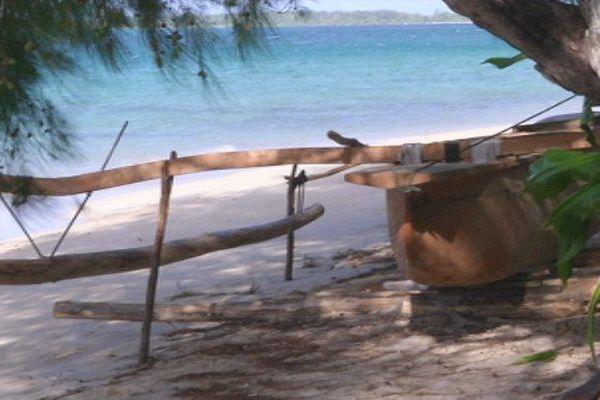 Ra'ivavae perpétue la tradition des pirogues coususes