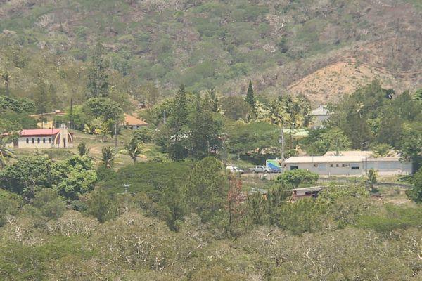 Ouégoa vue village