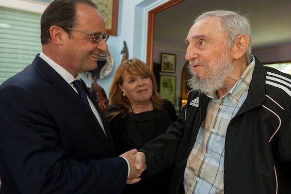 Hollande : Fidel Castro, entre espoirs et désillusions