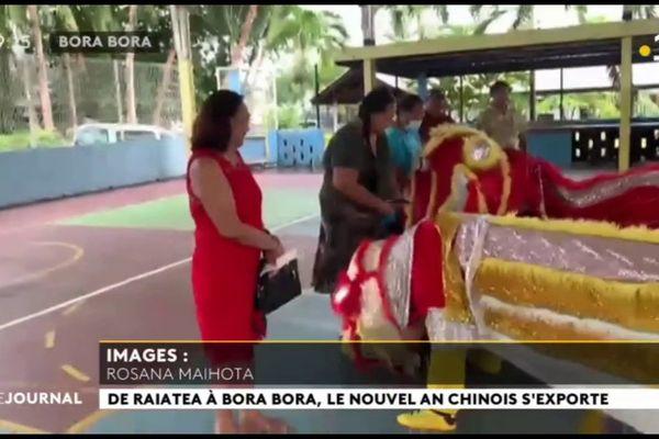 Les lions sont de sortie à Bora Bora