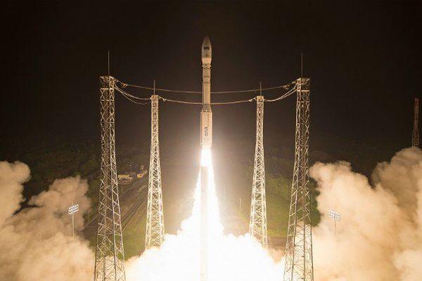 Une fusée Vega lancera mardi 1er juillet, depuis Kourou en Guyane, deux satellites d'observation de la Terre