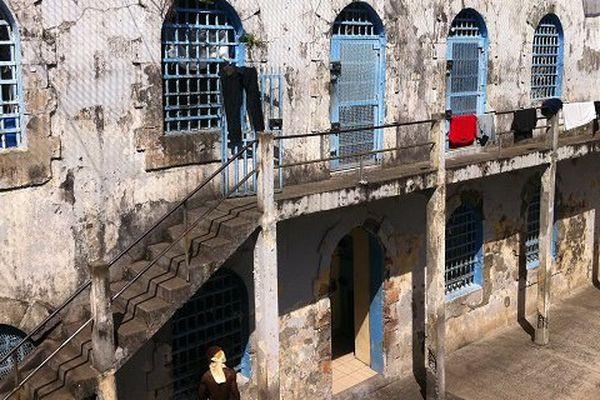 Prison OM