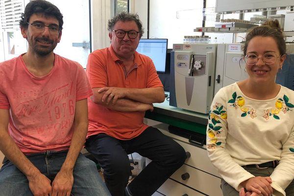 Trois chercheurs ayant participé à l'étude sur la biodégradation de la chlordécone