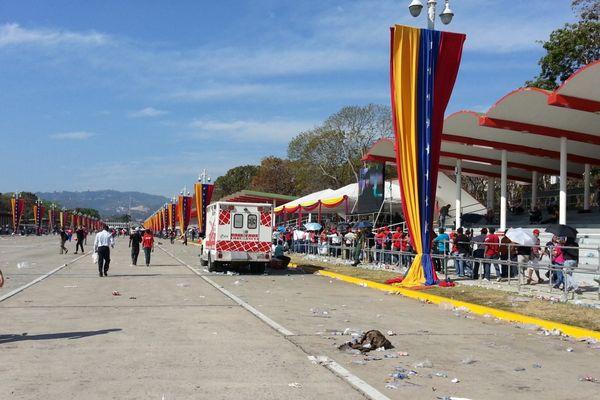 Caracas, l'hommage du peuple