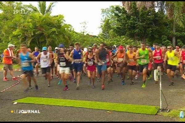 Benjamin Zorgnotti et Sophie Bouchonnet champions de Polynésie de Cross-Country