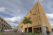 Une partie de l'hôpital Pierre Zobda Quitman à Fort-de-France.