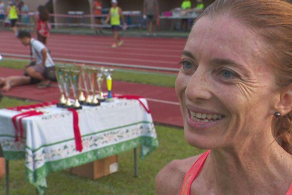 Élodie Menou course 10 km Punaruu