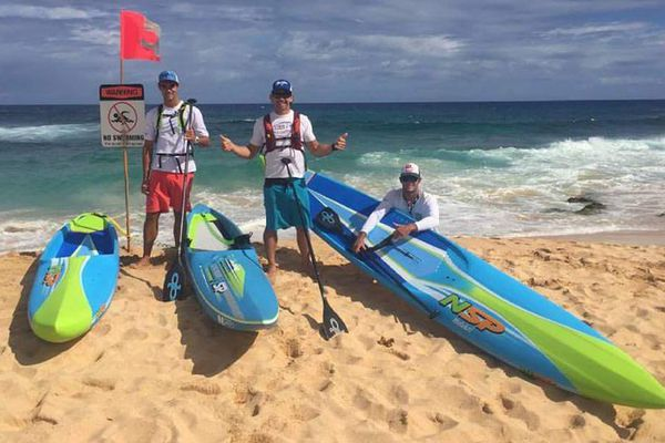 Course de stand up paddle Molokai Hawaï