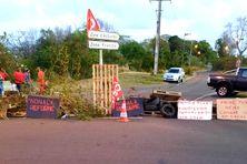 Durcissement du mouvement de grève à Odyssi, tous les accès de la zone franche de Dillon sont bloqués (vendredi 14 mai 2021)