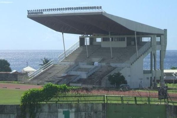 Stade de Rivière des Pères