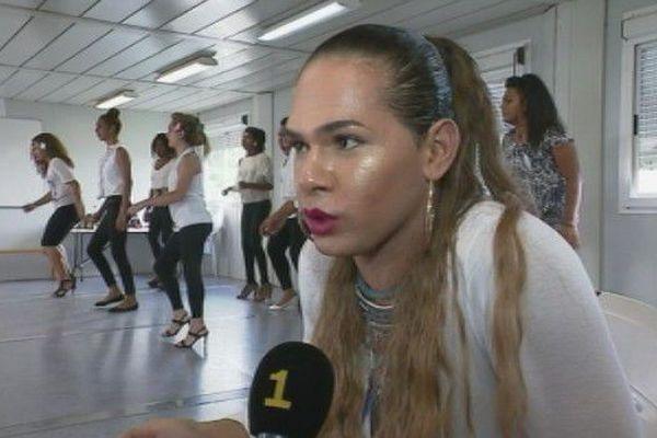 Nouvelle-Calédonie: les transgenres face à la coutume