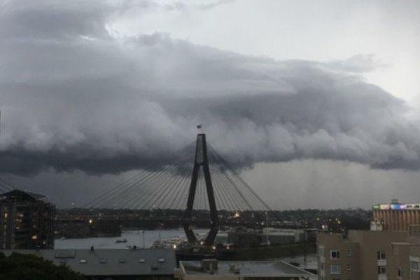 Sydney : orage-éclair