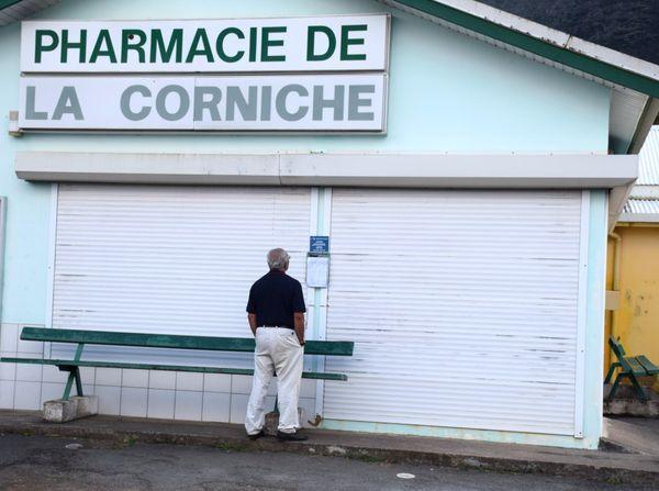 pharmacie de la corniche Mont-Dore sud 14 août 2017