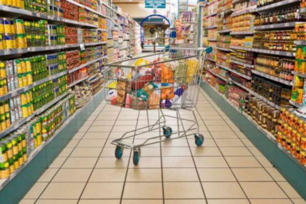 Bouclier qualité prix - rayon magasin - caddie - marchandises