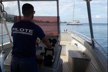 Contrôle de la gendarmerie sur le lagon de Punaauia.