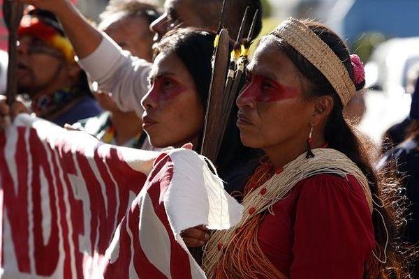 Equateur - Amérindiens contre l'exploration pétrolière