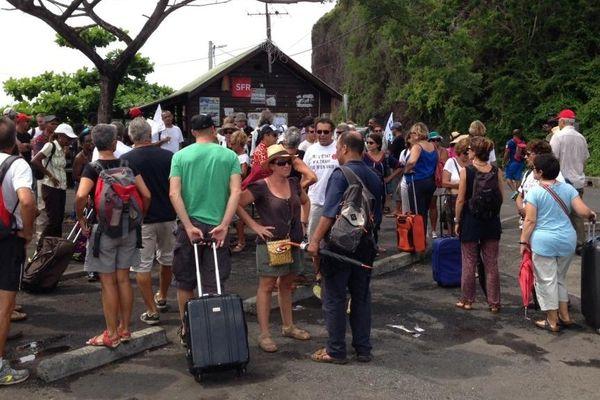 Grève fonctionnaires Mayotte