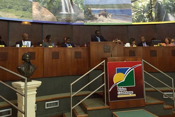 Assemblée plénière du Conseil régional de la Guadeloupe