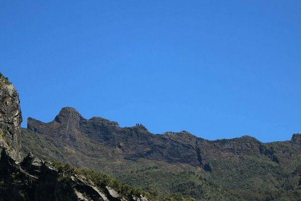 Ciel bleu sur Cilaos