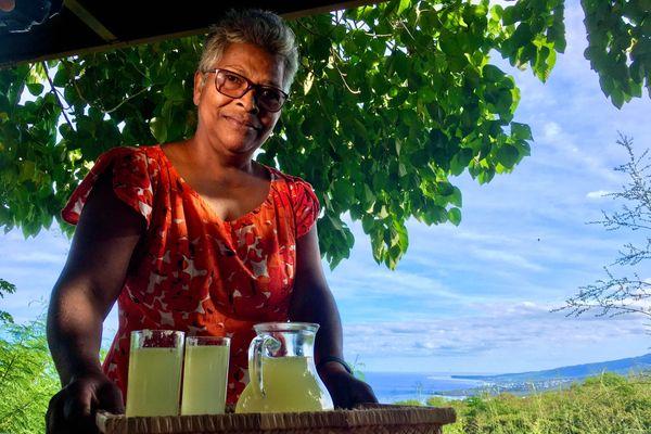 Marie-Claire Vion la propriétaire d'un gîte de France à Grand Fond à St Leu