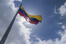 le drapeau Vénézuelien ne flottera plus en Martinique