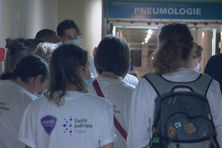 Médecins en renfort à l'hôpital Pierre Zobda Quitman à Fort-de-France.