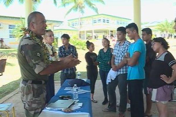 armée air et lycéens