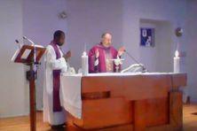 Avec le confinement, la messe est désormais diffusée en ligne à Saint-Pierre.
