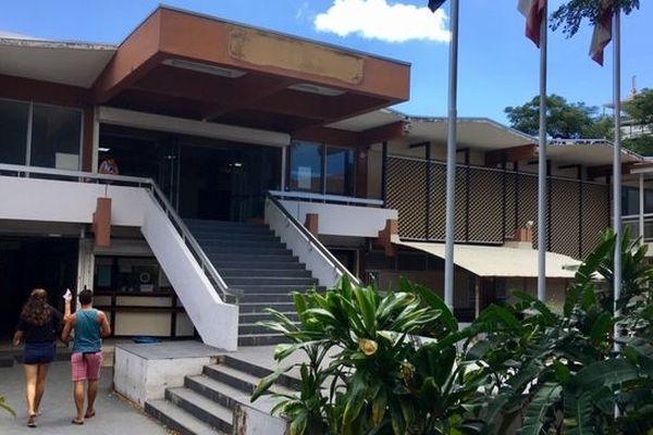 L'entrée du tribunal de Papeete