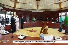 Sébastien Lecornu lors de la coutume de bonjour au Sénat coutumier à Nouméa, le 13 octobre 2021