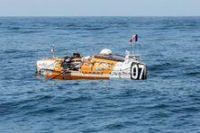 """Olivier Montiel sur son bateau """"Grain de poivre"""""""
