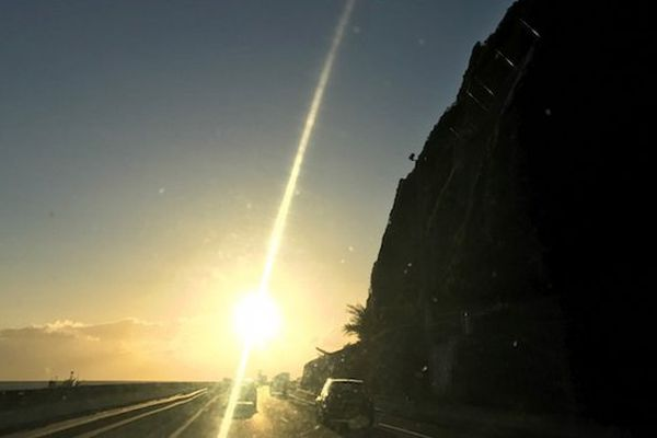 Soleil sur la route du littoral
