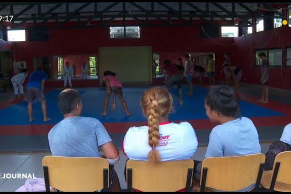 Tous au sport avec le centre de vacances de Papeete