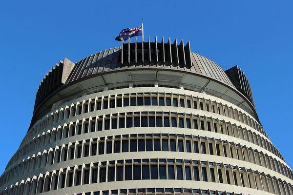La Nouvelle-Zélande fait un premier pas pour rouvrir ses frontières