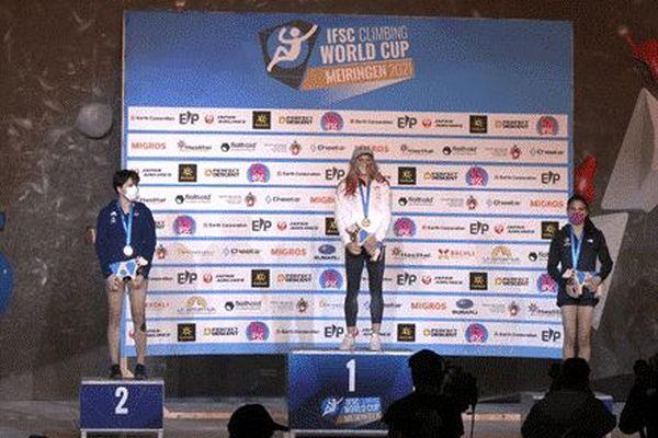 Oriane Bertone podium