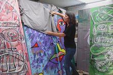 Des portes des anciens logements sociaux de la cité Spencer du Port deviennent des œuvres d'art.