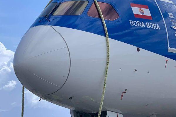 Le Boeing Dreamliner d'Air Tahiti Nui a été béni aujourd'hui
