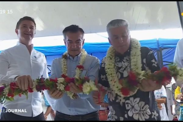 Inauguration d'un nouveau centre de dialyse à Papeete