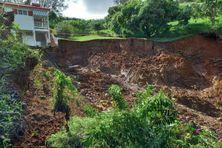 Glissement de terrain dans le nord de la Martinique (novembre 2020).