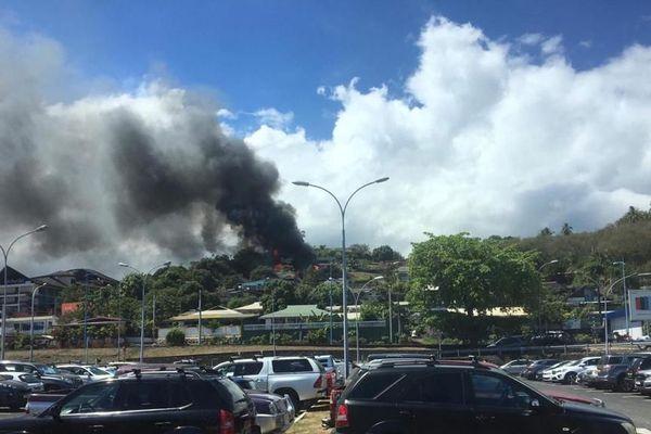 Incendie à la Cité de l'air à Faa'a